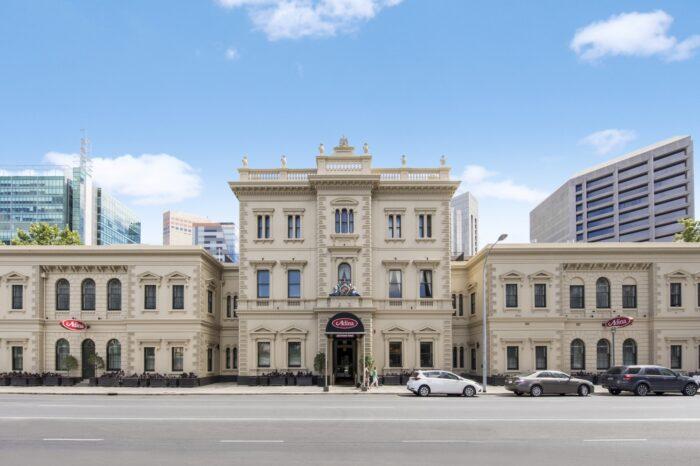 Adina Apartment Hotel Adelaide Exterior